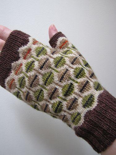 Ravelry: tillybuddy's July 2013 mittens