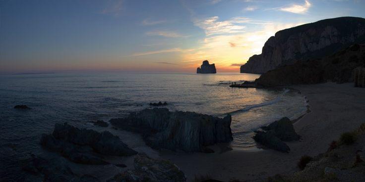 Light Rise - Giordano Valente - from 152€ - Light Rise è uno scatto di Giordano Valente, esperto fotografo in panoramiche di ambienti cittadini, naturalistici e architettonici.