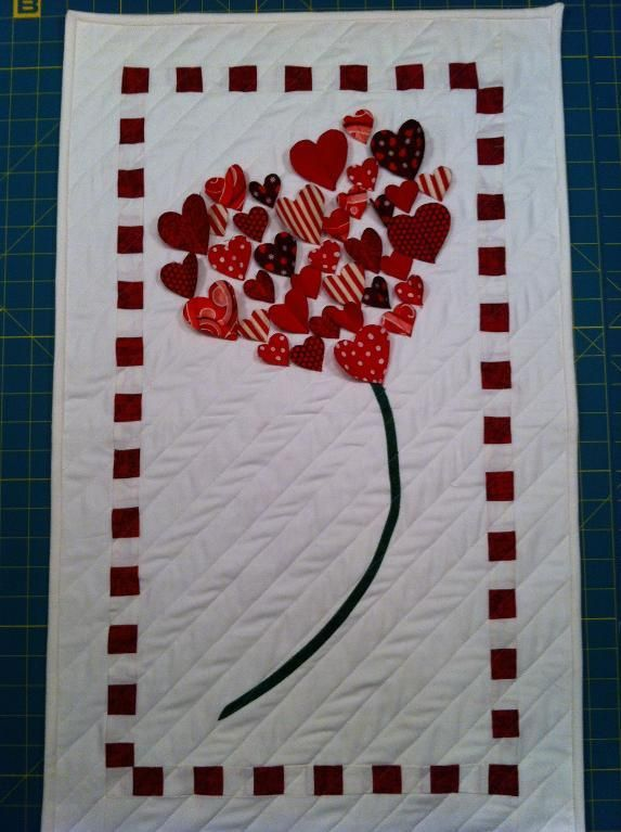 Quilting Ideas | Project on Craftsy: Love is in the Air, I think the hearts would be cute as buttons!  Or another design, with buttons to accent.  I keep looking for a button project...