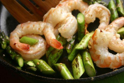 Three-Minute Asparagus-Shrimp Stir Fry