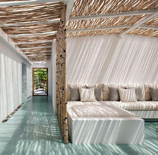Summer house 'Casa Tatui' designed by Vera Iachia | via Indecora