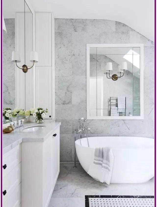 Fantastische 30 Marmorfliesen Badezimmer Boden Ideen Fantastische Marblebathroomfloori White Marble Bathrooms Classic Bathroom Design Marble Tile Bathroom