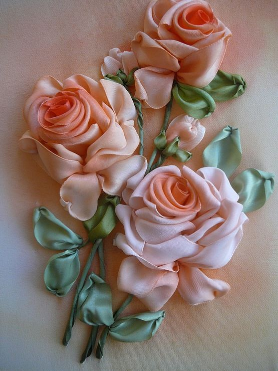 Embroidered silk ribbon roses...a beautiful gallery website ♥
