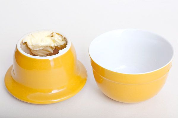 Keeping Butter Naturally Soft and Fresh Using a Butter Crock Review – Does It Work?