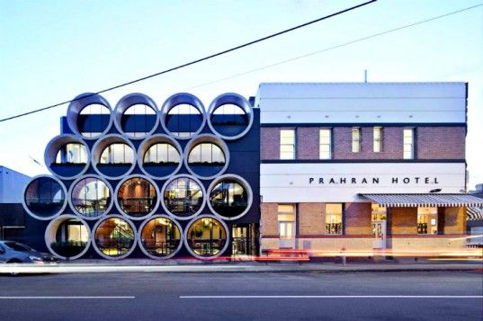Melbourne's Prahran Hotel Pub Made From Gigantic Concrete Pipes. Prahran Hotel-Techne Architects.