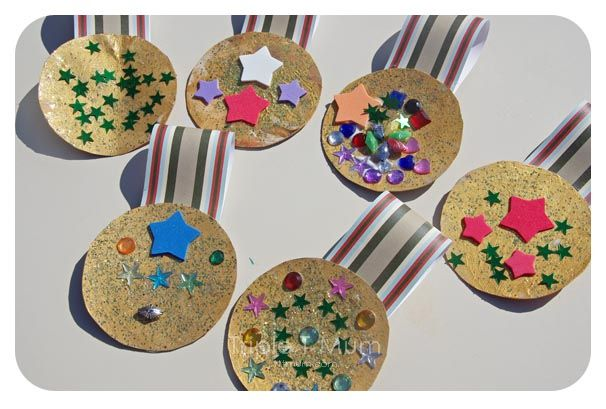 November 9, 2015 Craft. Medals to be sent to the troops overseas.
