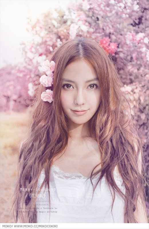 Love Angelababy! She a real life doll!