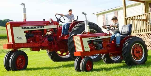 International 504 Tractor : The little tractor co farmall international