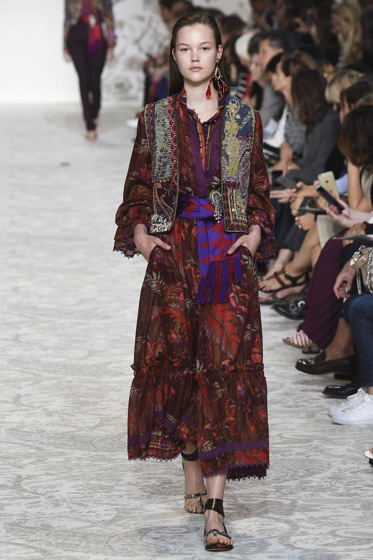 Etro Spring 2018 Ready-to-Wear  Fashion Show Collection