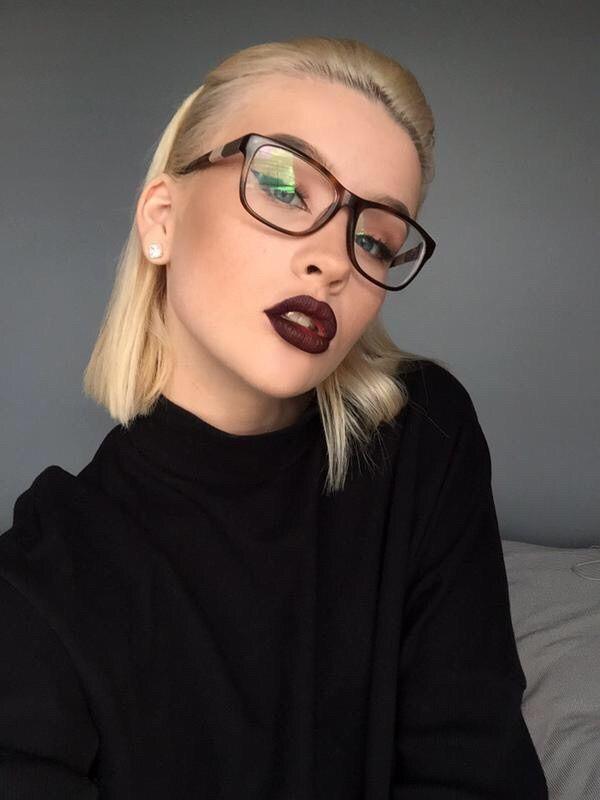 красота, мода, очки, гранж, губы, макияж, бледные, Tumblr
