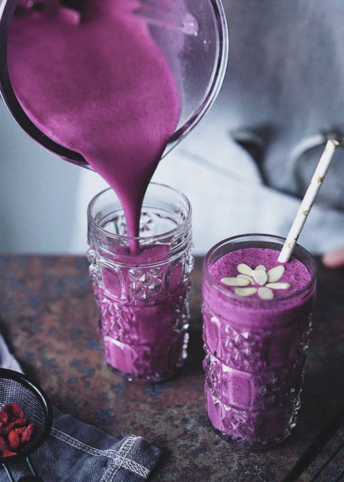 "butteryplanet: "" Another article for Garden Collage: the Blueberry Smoothie…"