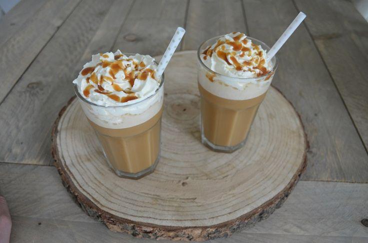 Gek op ijskoffie? Maak deze goedkope en eenvoudige ijskoffie met karamel zelf in een handomdaai! - Zelfmaak ideetjes