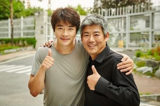 "Kwon Sang Woo and Sung Dong Il to Guest on ""Running Man"""