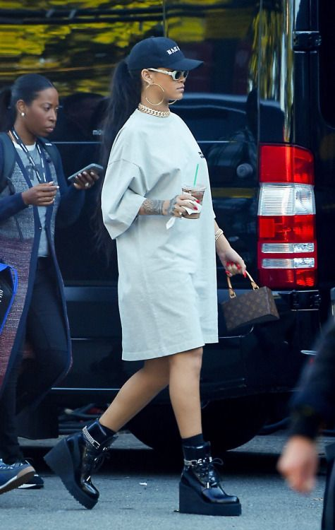 September 24: Rihanna arriving to the Global Citizen Festival in NYC.
