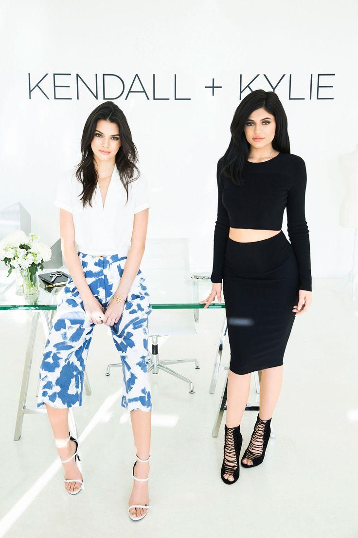 Le sorelle Jenner lanciano la loro collezione Kendall + Kylie -cosmopolitan.it