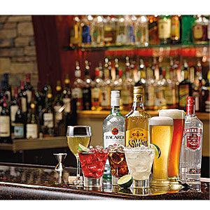 Red Robin beverage program happy hour