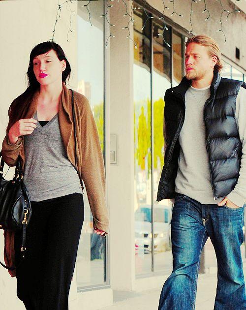 Charlie Hunnam with girlfriend McNelis Morgana | Charlie ...