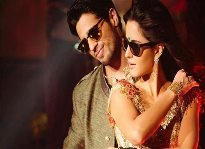 Katrina Sidharth's Kala Chashma is party anthem of year  NEW DELHI:  The makers of Katrina Kaif and Sidharth Malhtotra starrer 'Bar Bar Dekho' today launched their first song 'Kala Chashma' recreated version of legend Amar Arshi peppy song of same name. Keeping up with the trend of revising old hits Kala Chashma is upbeat and quirky with a mix of Michael Jackson's pop style and the current trend of Punjabi rap. With the reworked and returned version the filmmaker has introduced the cast of…
