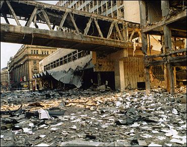 Scene of the bomb on Corporation Street The 1996 Manchester bombing was an attack carried out by the Provisional Irish Republican Army (IRA) on 15 June 1996 in Manchester, England.