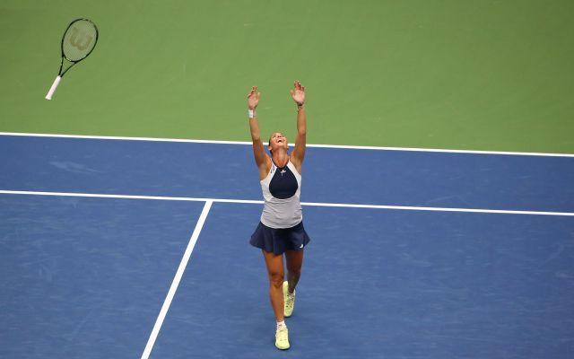 L'ultimo match di Flavia Pennetta, l'italiana saluta il Tennis tra gli applausi del pubblico | VIDEO #flavia #pennetta