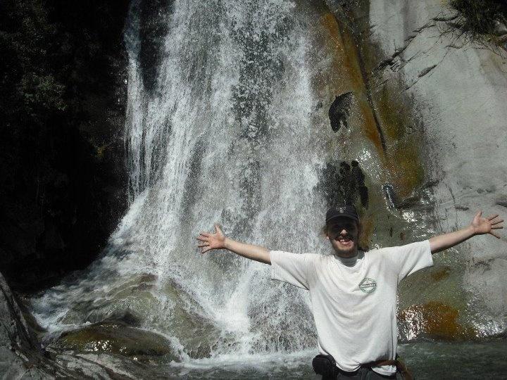 una de las cascadas de san juan en la quebrada de macul