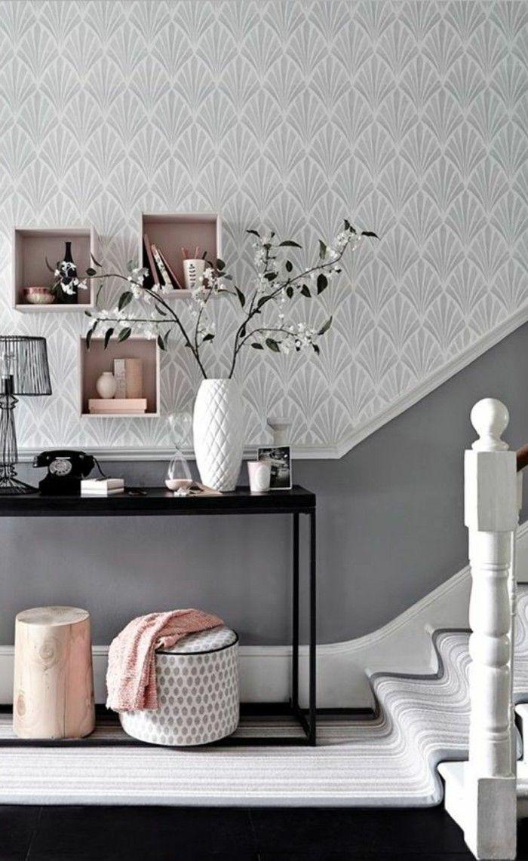 papier peint pour couloir dessin blanc gris, escalier d''interieur en bois