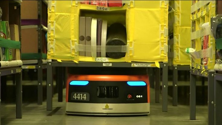 La tienda online instaló nuevo equipamiento en 10 de sus almacenes de los EEUU para recortar costos operativos y realizar envíos de manera más rápida