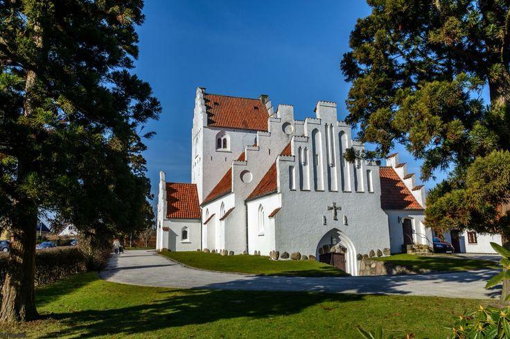 Smukke Lundtofte Kirke