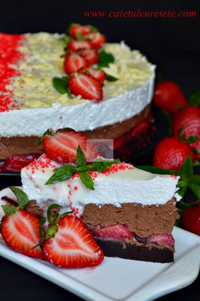 Tort cu mousse de ciocolata si capsuni | CAIETUL CU RETETE