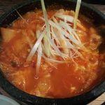 タッカンマリ鍋 梅田 丸鶏屋 - 梅田/韓国料理 [食べログ]