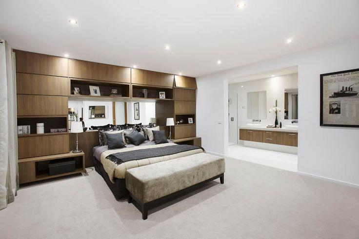 Master Bedroom: Phoenix (Wall Street) - Metricon