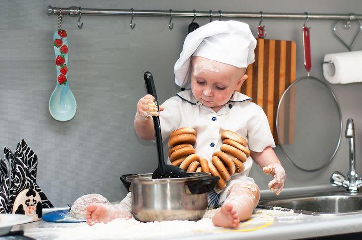 Πολλοί γονείς ανησυχούν για τις διατροφικές προτιμήσεις των παιδιών τους. Μάλιστα, μερικά παιδιά μπορεί να γίνουν ιδιαίτερα ιδιότροπα και επιλεκτικά στο φαγητό, μετατρέποντας τις ώρες του γεύματος σε ...