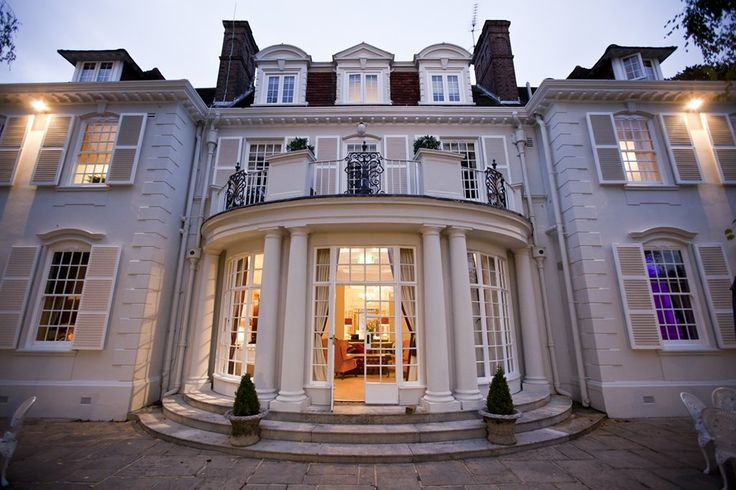 Surrey wedding venue Gorse Hill