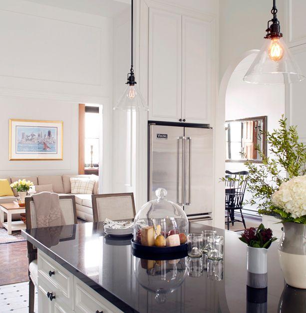17 images about style de design classique d cormag on pinterest l 39 wren scott table and. Black Bedroom Furniture Sets. Home Design Ideas