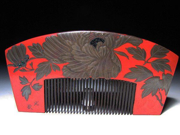 Edo period. Botan flower decoration on red lacquer
