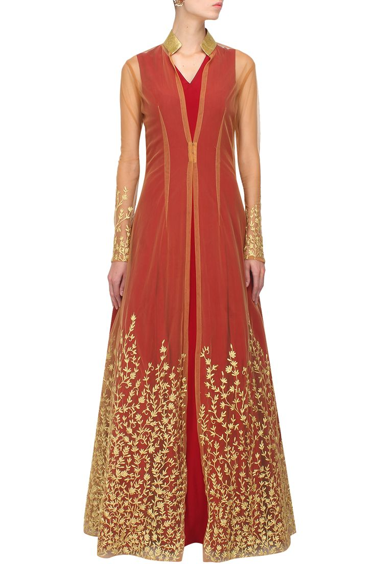#perniaspopupshop #nikhilthampi #classy #eveningwear #shopnow #happyshopping