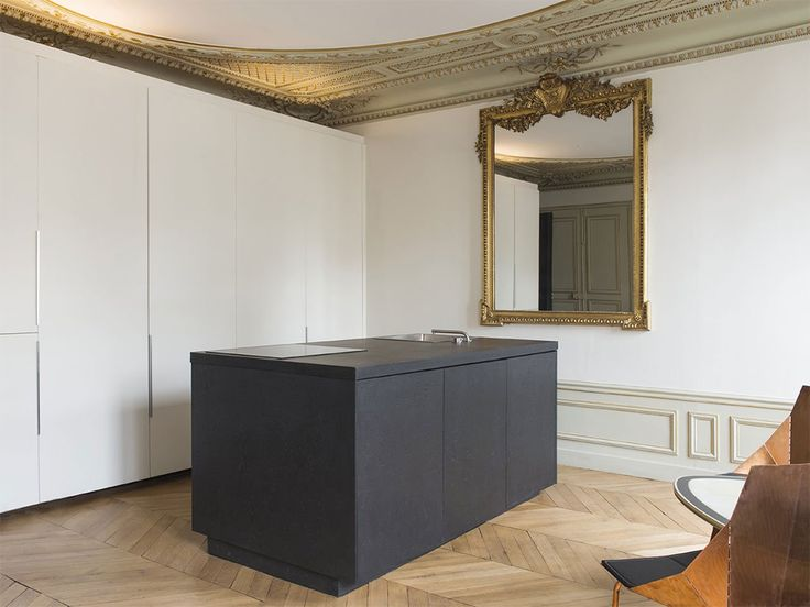 A Renovated Parisian Apartment — MODEDAMOUR