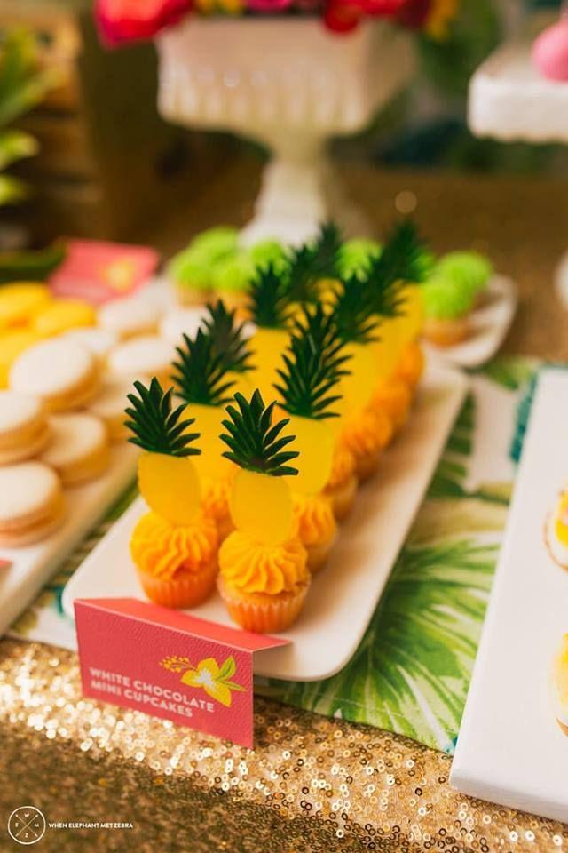 Festa tema Abacaxi - Inesquecível Festa Infantil