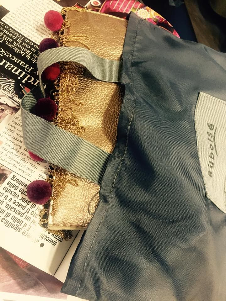 New golden clutch + dust bag // Nuova pochette dorata e dust bag!  #buboisé #buboisébag #clutch #newcollection #handmade #madeinitaly #luxury #pochette #gold #fallwinter