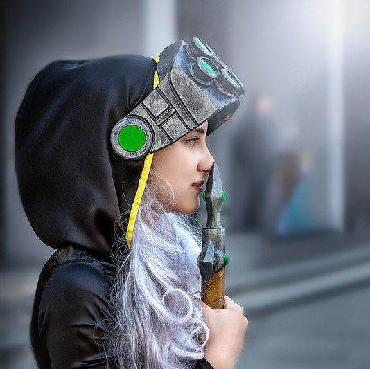 Master Yi LED Mask LoL Cosplay League Of Legends By