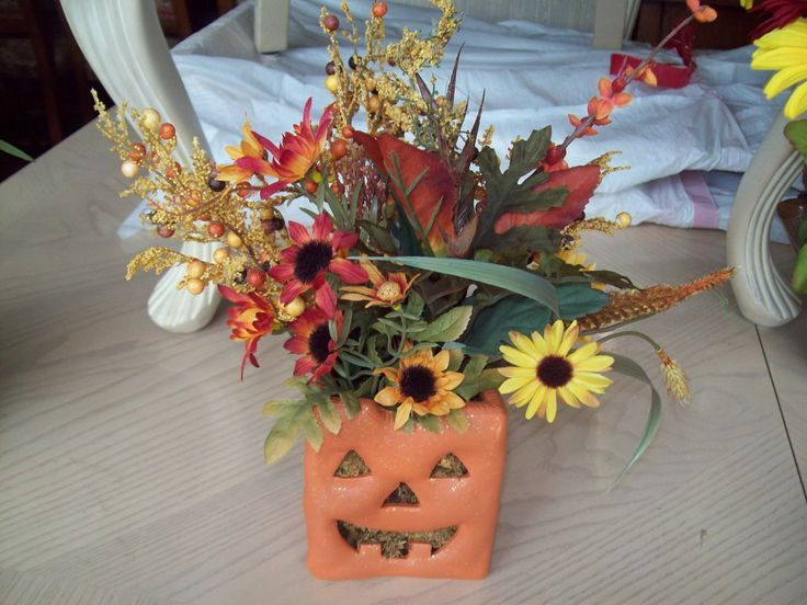 Pumpkin arrangement 17701