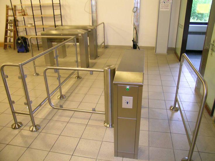 Тумбовые турникеты Gotschlich серии Modul http://vk.com/gotschlichrus #turnstiles #турникеты #готшлих #gotschlich #box #tripod #turnstile #gate