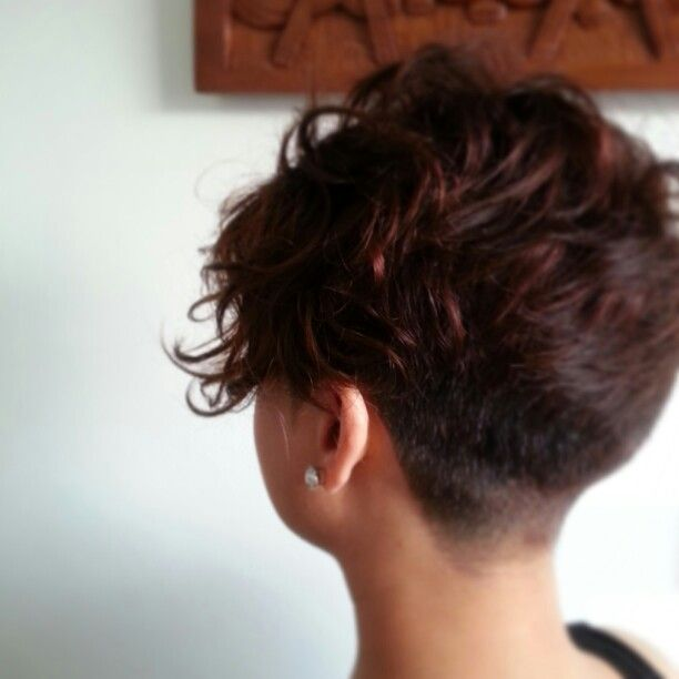 Undercut, also a view of a smooth back, potentially for a pixie?