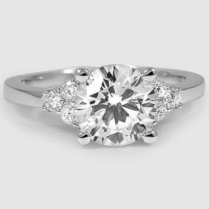 http://rubies.work/0933-emerald-pendant/ Understated elegance. anillos de compromiso | alianzas de boda | anillos de compromiso baratos http://amzn.to/297uk4t