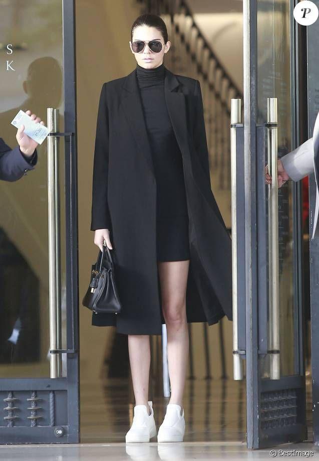 Look of the week: Kendall Jenner dark in front of the glowing Gigi Hadid – #dem #der #dark #Gigi #Hadid