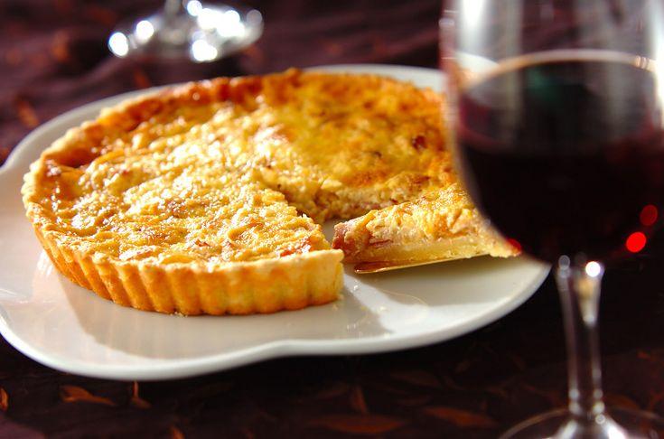 持ち寄りバーティーにもおすすめです!キッシュ・ロレーヌ/橋本 敦子のレシピ。[洋食/焼きもの、オーブン料理]2009.11.09公開のレシピです。