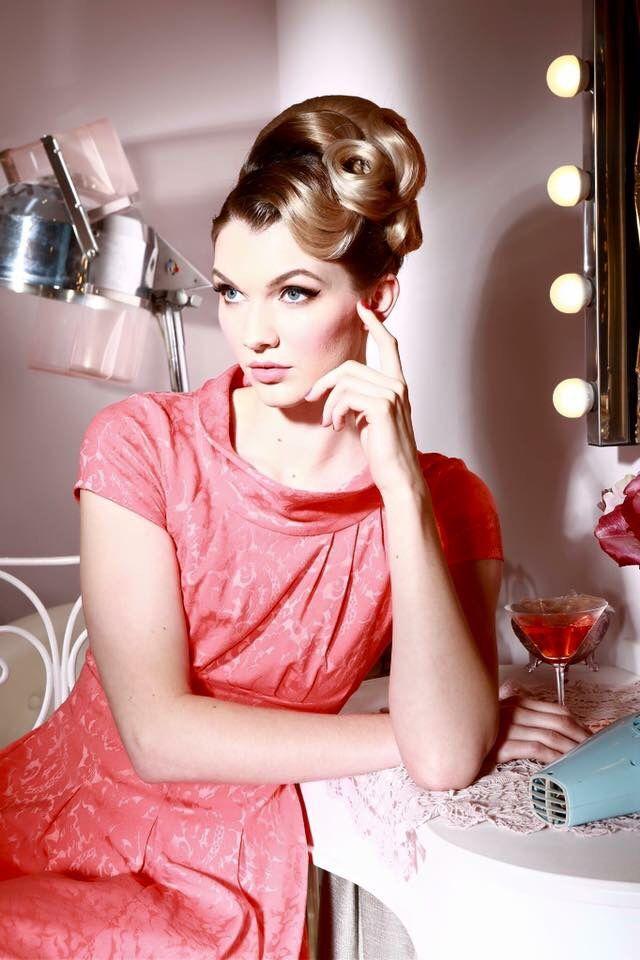 237 besten Vintage pinup styles Bilder auf Pinterest | Frisuren ...