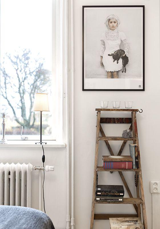 Une vieille #echelle en bois qui donne cette touche authentique à la pièce!