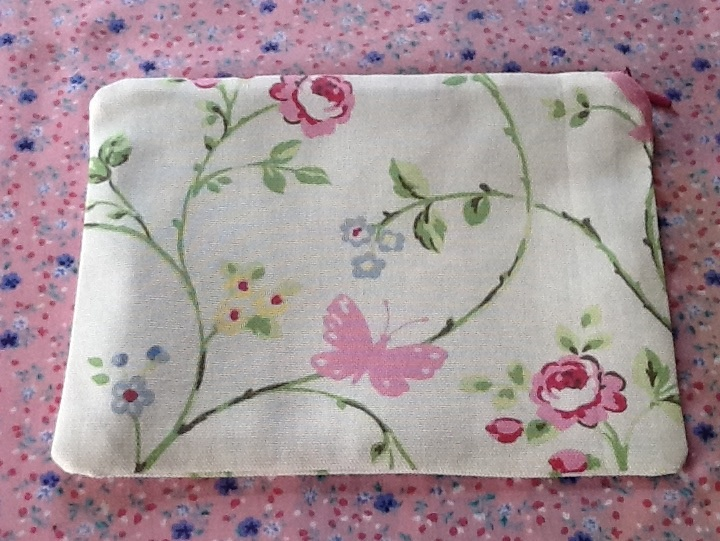 Pretty little zipped bag - see my shop on Folksy - Cherrypink
