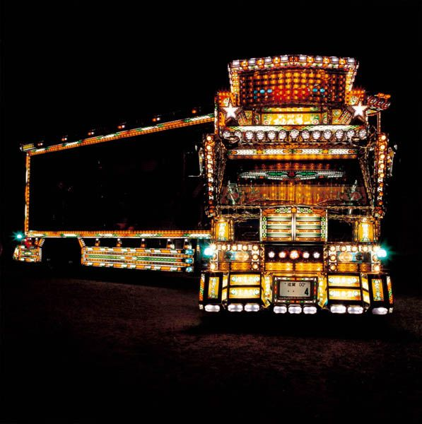 yet another reason why Japan is the best - semi-truck art subcultures